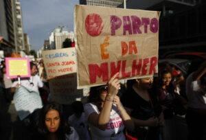 Mulheres ativistas buscanso seu protagonismo no parto